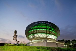 best-mid-rise-office-building-popular-the-iguzzini-illuminazione-ibrica-headquarters-in-barcelona-spain-josep-mias-architects