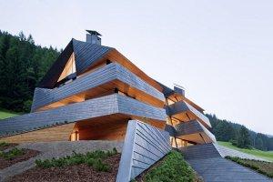 best-residential-low-rise-popular-the-dolomitenblick-in-sesto-italy-plasma-studio