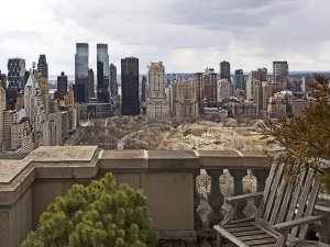 the-apartment-has-four-adjoining-terraces-a-rarity-in-nyc
