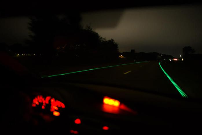 3037527-slide-s-1-glowing-highways-go-live-in-the-netherlands