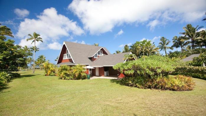la-fi-hotprop-julia-roberts-hawaii-home-for-sa-004